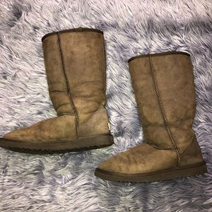 UGG Women's Classic Tall Size 8